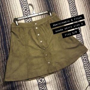 New A&F button up skirt